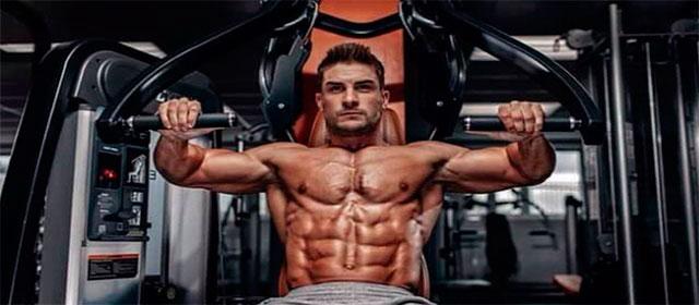 Самые лучшие упражнения для грудных мышц, в тренажерном зале