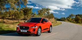 Jaguar привез в Россию электрический кроссовер I-Pace