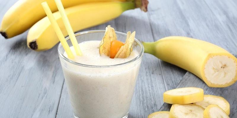 Молочно-банановый коктейль