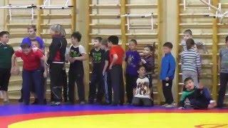Вольная борьба. Тренировка  в младшей группе (дети от 7 лет и старше).