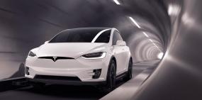 Видео: автомобили Tesla научились ездить по подземным скоростным тоннелям