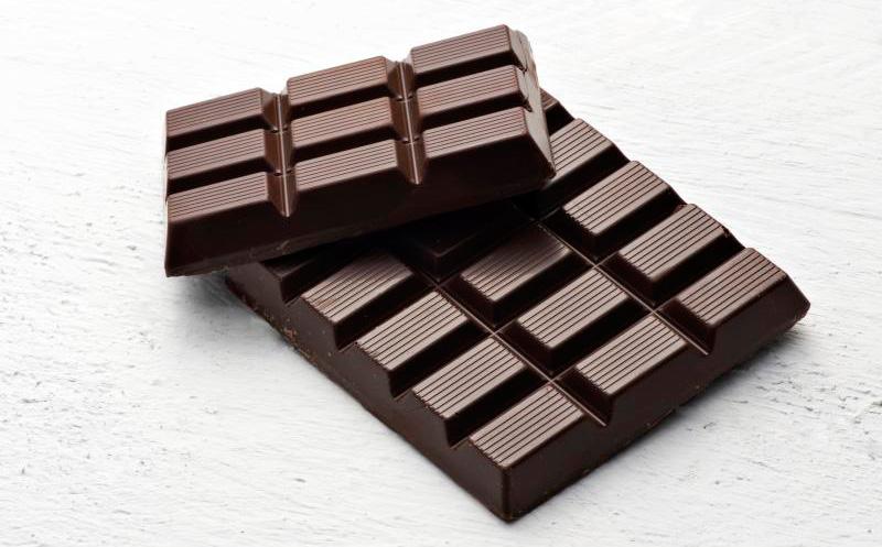 Темный шоколад: пища, богатая антиоксидантами, для набора веса и хорошего настроения